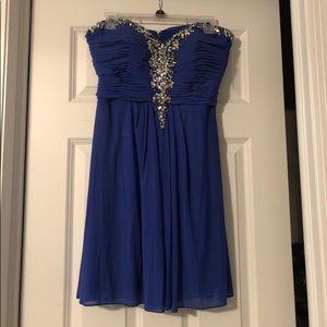 Dresses & Skirts - Homecoming/Prom Dress